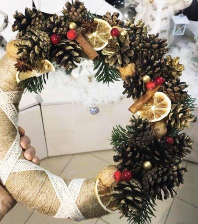 """Майстер-клас """"Різдвяний вінок"""" 25 грудня"""